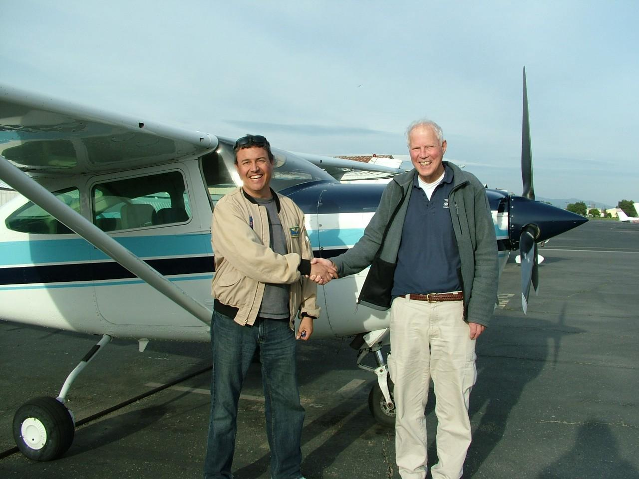Certified Flight Instructor - Hernan Posada